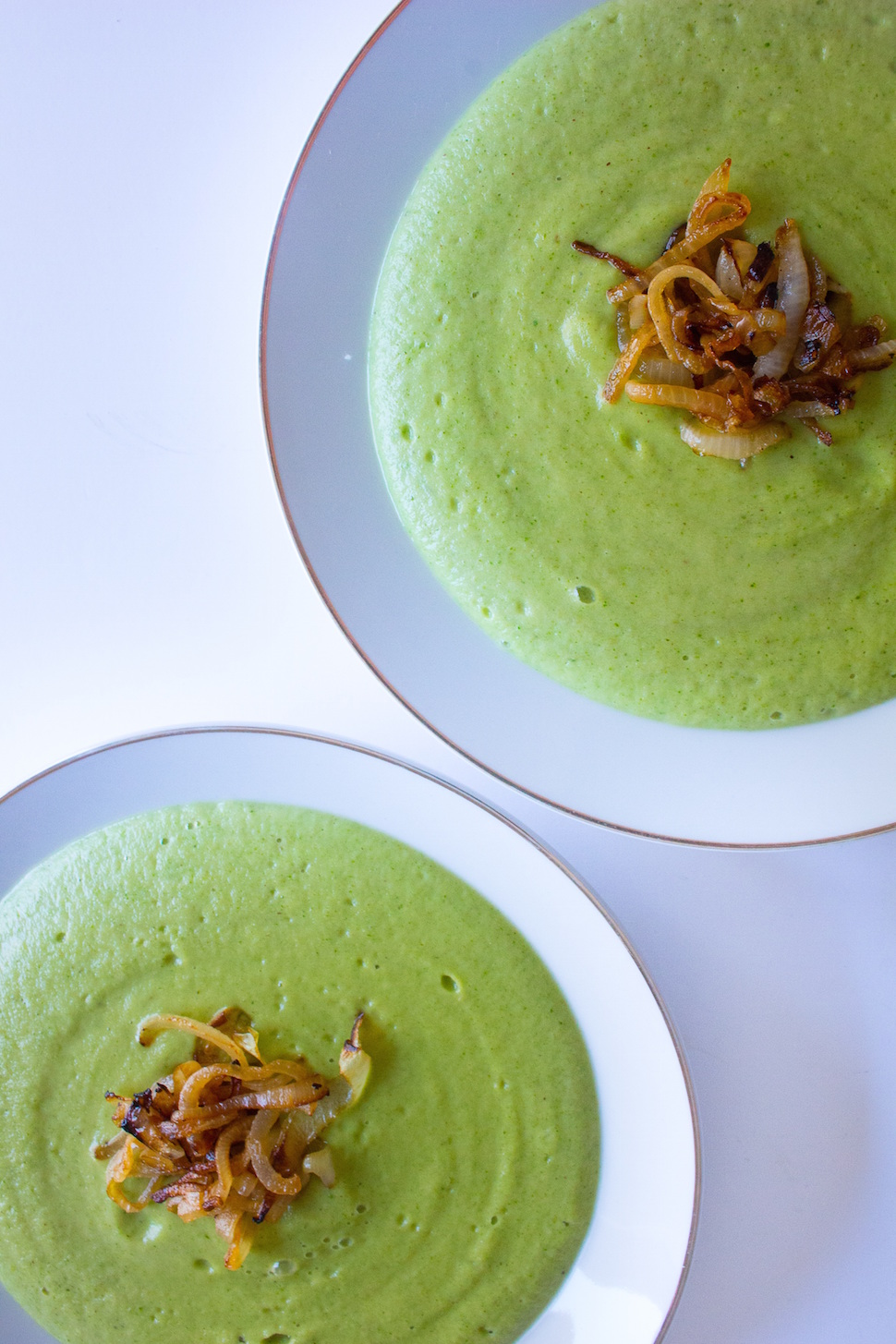 BROCCOLI AND PARMESAN SOUP-small